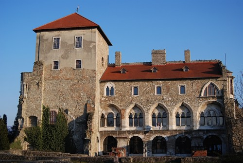 Tata_castle_05