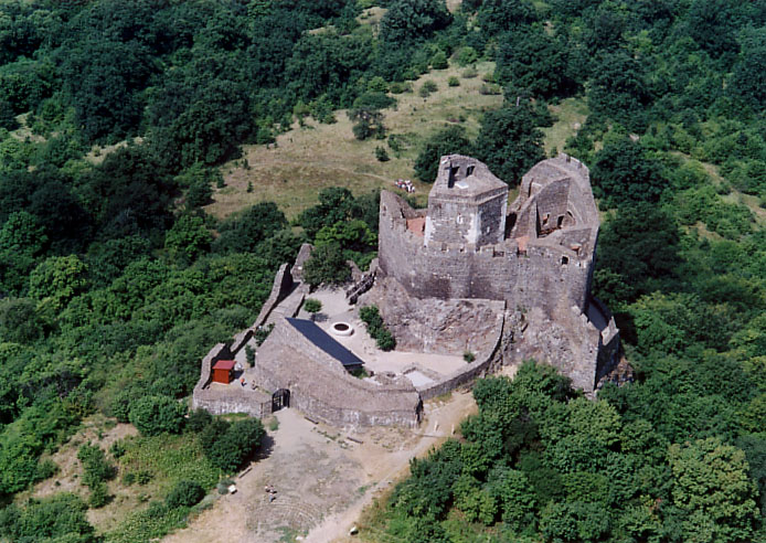 Hollókő_-_Castle